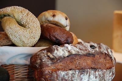 パンだけで食べると味がどんどんわかる01