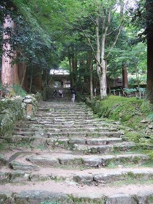 一山の全てが境内のような百済寺(親睦会旅行その3)05