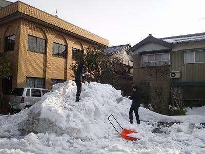 目処がつくと安心するのは確定申告、残念なのは雪かき(^^)03
