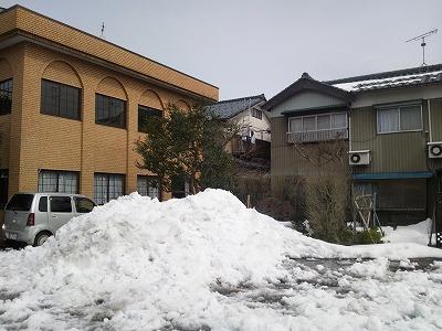 目処がつくと安心するのは確定申告、残念なのは雪かき(^^)04