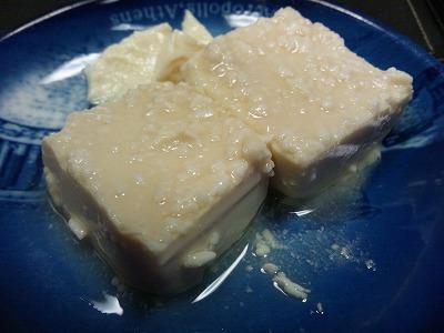 マルカワみそさんの塩麹からは良い香りが漂い始め、手造り塩麹がいよいよ完成です。