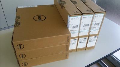 今回のパソコンのOSもWindows7・32bit、附属のリカバリーDISKはWindwos10・64bit。