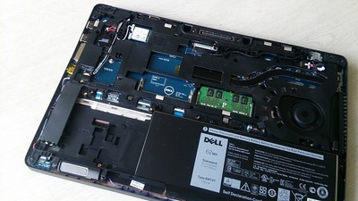 SSD、SSD…、確かにSSDはHDDと同じ形状で有る必要は無いのですよね。